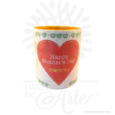 Hermoso Mug 11oz Happy Mothers Day con color interno. El detalle es realmente bello, excelente y original regalo hecho en sublimación. Disponibilidad de color interno según stock de inventario. Regalo perfecto para ocasiones especiales Cumpleaños, Día de la madre, Día de amor y amistad, Compromiso, Aniversario, Graduación, Aprecio de profesores, Día de San Valentín o simplemente porque pensé en ti. Un Muges un tipo detazatípicamente usada para beber bebidas calientes, tales comocafé,chocolate caliente,sopaoté. Tazas suelen tener manijasy mantener una mayor cantidad delíquidoque otros tipos de taza. Por lo general, una taza contiene aproximadamente 11onzas líquidas(350 ml) de líquido. Una taza es un estilo menos formal del envase de la bebida y no se utiliza generalmente enajustesformales, donde unataza de téounataza decafé se prefiere. Las tazas antiguas eran generalmente talladas en madera o hueso, o en forma de arcilla, mientras que la mayoría de los modernos están hechos dematerialescerámicoscomoporcelana,loza,porcelanaogres. Las técnicas como la sublimaciónoadhesivosse utilizan para aplicar decoraciones como logotipos o imágenes, que se disparan sobre la taza para asegurar la permanencia. Mug 11oz Happy Mothers Day Material: Cerámica Tamaño: Alto: 9,5cm X Diámetro: 8cm Capacidad: 11oz Color: Blanco con color interno variado Vendido y enviado por: Trazos de Arte. Envió rápido y seguro. Personalización Realice un pedido personalizado, podemos agregar lo que desee, como nombre, fecha, frase, logotipo, imagen o empaque regalo. Ofrecemos: Grabado por láser, grabado CNC Router, sublimado o papel adhesivo, el precio varía según el tipo de personalización que desee, encontrara más información en Servicios en nuestro menú secundario. Si desea cotizar o tiene preguntas presione el botón Cotizar personalización con gusto las responderemos.