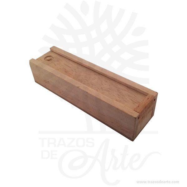 Hermosa y práctica caja estuche lápices de madera, viene con hermosas texturas de vetas naturales y un aroma de madera natural. También es perfecto para guardar joyas y cosas pequeñas. Este es un maravilloso regalo, suvenir; empresarial o para amigos y familiares. Elporta lápiceses un objeto que tiene como principal función sostener y mantener loslápices, bolígrafos y otros útiles de dibujo o escritura de forma ordenada y al alcance para utilizarlos de forma rápida en determinadas situaciones. De este modo, se dan mayores facilidades para hacer uso de ellos y no perder tiempo en buscarlos, sin despreciar el aporte decorativo que ofrecen. También puede usarse comoestuchepara guardar cosas de forma ordenada. Generalmente, se utiliza para objetos de pequeñas dimensiones y de cierto valor:joyas,relojes,plumas estilográficas, etc. A la industria que fabrica y comercializa estuches, se la llamaestuchería. En muchas ocasiones, y dependiendo del objeto, el estuche cuenta con unforradointerno para evitar el maltrato del objeto a ser cuidado. El forro interior puede ser de tela o de material esponjoso como laespuma de poliuretanopara ayudar aamortiguarel impacto en caso que, por ejemplo, se cayera el estuche con el objeto dentro o durante su transporte. Tenga en cuenta que la madera es un material único, por lo que cuándo lo reciba será similar, no exactamente al de la foto. Caja estuche lápices Material: Madera Pino de la Naturaleza Color: Descripción en foto Tamaño 16 x 4,5 x 3,6 cm Dimensión interior: 14,7 x 3 x 2,5 cm Vendido y enviado por: Trazos de Arte. Envió rápido y seguro. Personalización Realice un pedido personalizado, podemos agregar lo que desee, como nombre, fecha, frase, logotipo, imagen o empaque regalo. Ofrecemos: Grabado por láser, grabado CNC Router, sublimado o papel adhesivo, el precio varía según el tipo de personalización que desee, encontrara más información enServiciosen nuestro menú secundario. Si desea cotizar o tiene preguntas presione el botónCot