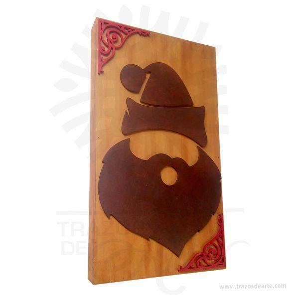 Hermoso Cuadro Santa Navidad artesanal en madera son una excelente alternativa a los cuadros tradicionales, pintado a mano. Es un elemento decorativo perfecto para hogar o la empresa. Este es un maravilloso regalo empresarial o para amigos y familiares. Una pintura es elsoporte pintadosobre un muro, un lienzo, lámina o madera. La palabrapinturase aplica también alcolorpreparado para pintar, asociado o no a una técnica de pintura; en este sentido es empleado en la clasificación de la pintura atendiendo a las técnicas de pintar, por ejemplo: «pintura al fresco» o «pintura al óleo». Este cuadro es una variacion de la Intarsia que es una técnica de carpintería que utiliza formas variadas, tamaños y especies de madera encajadas para crear una imagen de mosaico con una ilusión de profundidad. Intarsia se crea a través de la selección de diferentes tipos de madera, utilizando su patrón de grano natural y el color (pero puede implicar el uso de manchas y tintes) para crear variaciones en el patrón.  Cuadro Santa Navidad Tamaño 35 × 20 × 3 cm. Color: Descripción en foto. Pintado a mano. Vendido y enviado por: Trazos de Arte. Envió rápido y seguro. Personalización Realice un pedido personalizado, podemos agregar lo que desee, como nombre, fecha, frase, logotipo, imagen o empaque regalo. Ofrecemos: Grabado por láser, grabado CNC Router, sublimado o papel adhesivo, el precio varía según el tipo de personalización que desee, encontrara más información enServiciosen nuestro menú secundario. Si desea cotizar o tiene preguntas presione el botónCotizar personalizacióncon gusto las responderemos.