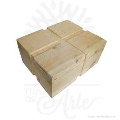 Caja Regalo Acanalada 39.6 x 28.6 x 17.6 cm en crudo para complementar el regalo.Práctica caja para decorar y regalar, perfecta para los amantes de las manualidades y decoradores de fiestas y bodas. Esta caja de madera de pino es realmente original mantendrá sus recuerdos por muchos años. No ocupa mucho espacio y será una decoración de su hogar. La caja de madera perfeccionará el regalo para la boda, el aniversario, el día de San Valentín u otros eventos. La puede encontrar también como caja en MDF, caja decorativa , caja decorativa en madera MDF, cajas de madera para regalo o caja en madera con tapa. Elembalaje de maderase utiliza para para determinados productos tradicionales de gama alta (puros, bebidas alcohólicas, etc.). Los embalajes de madera siguen gozando de una buena imagen ante el consumidor al percibirlo como unproducto higiénico y con connotaciones de alta calidad. Se puede imprimir, aunque deficientemente, incorporando la marca y el logotipo del productor, así como otros mensajes prácticos. Siemprepuede destruirse o reciclarseevitando posibles problemas bacterianos derivados de lavados defectuosos. La caja de madera ha conseguido introducirse en determinados nichos de mercado muy localizados en cuanto a tamaño y producto en los que ha obtenido una gran fidelidad por parte de los compradores. Caja Regalo Acanalada 39.6 x 28.6 x 17.6 cm en crudo Material: Madera de pino de 18 mm de alta calidad. Color: Descripción en foto Tamaño 39 x 28.6 x 17.6 cm No incluye licor. Vendido y enviado por: Trazos de Arte. Envío rápido y seguro. Fecha estimada de entrega: De 12 a 15 días (en Bogotá, Medellín, Cali), al resto del país de 7 a 14 días. Personalización Realice un pedido personalizado, podemos agregar lo que desee, como nombre, fecha, frase, logotipo, imagen o empaque regalo. Ofrecemos: Grabado por láser, grabado CNC Router, sublimado o papel adhesivo, el precio varía según el tipo de personalización que desee, encontrara más información enServiciosen nuestro m