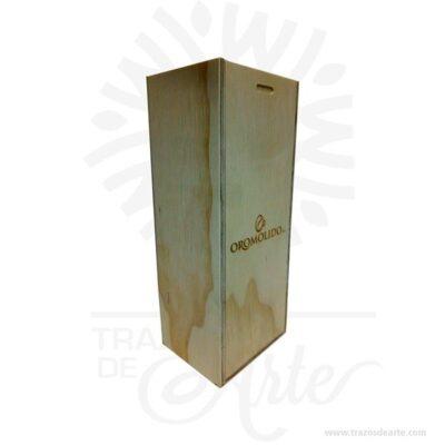 Caja regalo para personalizar en madera triplex de pino de 11 X 10 X 28 cm en crudo.Práctica caja para decorar y regalar, perfecta para los amantes de las manualidades y decoradores de fiestas y bodas. Esta caja de maderatriplex de pino es realmente original mantendrá sus recuerdos por muchos años. No ocupa mucho espacio y será una decoración de su hogar. La caja de madera perfeccionará el regalo para la boda, el aniversario, el día de San Valentín u otros eventos. La puede encontrar también como caja en MDF, caja decorativa , caja decorativa en madera MDF, cajas de madera para regalo o caja en madera con tapa. Elembalaje de maderase utiliza para para determinados productos tradicionales de gama alta (puros, bebidas alcohólicas, etc.). Los embalajes de madera siguen gozando de una buena imagen ante el consumidor al percibirlo como unproducto higiénico y con connotaciones de alta calidad. Se puede imprimir, incorporando la marca y el logotipo del productor, así como otros mensajes prácticos. Siemprepuede destruirse o reciclarseevitando posibles problemas bacterianos derivados de lavados defectuosos. La caja de madera ha conseguido introducirse en determinados nichos de mercado muy localizados en cuanto a tamaño y producto en los que ha obtenido una gran fidelidad por parte de los compradores. Caja regalo para personalizar en madera triplex de pino de 11 X 10 X 28 cm en crudo Material: Madera Triplex de pino de alta calidad. Color: Descripción en foto Tamaño 11 x 10 x 28 cm Vendido y enviado por: Trazos de Arte. Envío rápido y seguro. Fecha estimada de entrega: De 5 a 7 días (en Bogotá, Medellín, Cali), al resto del país de 7 a 14 días. Personalización Realice un pedido personalizado, podemos agregar lo que desee, como nombre, fecha, frase, logotipo, imagen o empaque regalo. Ofrecemos: Grabado por láser, grabado CNC Router, sublimado o papel adhesivo, el precio varía según el tipo de personalización que desee, encontrara más información enServiciosen nuestro menú secu