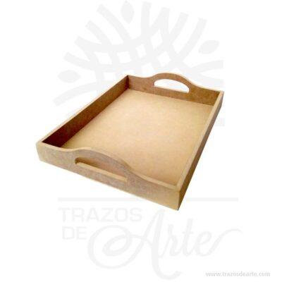 Bandeja en madera MDF - Bandeja para desayunos de 40 X 30 X 8 cm en crudo.Esta bandeja de madera con manija oval para ayudar a transportar, puede ser personalizada. Práctica caja para decorar y regalar, perfecta para los amantes de las manualidades, decoradores de fiestas y bodas. Esta bandeja personalizada hará que sus clientes recuerden su marca para siempre, cuando sirvan el desayuno o el almuerzo con sus productos. Esta es una bandeja realmente original. No ocupa mucho espacio y será una decoración de su hogar. La caja de madera perfeccionará el regalo para la boda, el aniversario, el día de San Valentín u otros eventos. Bandeja en madera MDF - Bandeja para desayunos de 40 X 30 X 8 cm en crudo ha conseguido introducirse en determinados nichos de mercado muy localizados en cuanto a tamaño y producto en los que ha obtenido una gran fidelidad por parte de los compradores. Bandeja en madera MDF - Bandeja para desayunos de 40 X 30 X 8 cm en crudo Material: Madera MDF de 9 mm de alta calidad. Color: Descripción en foto Tamaño 40 x 30 x 8 cm Vendido y enviado por: Trazos de Arte. Envío rápido y seguro. Fecha estimada de entrega: De 5 a 7 días (en Bogotá, Medellín, Cali), al resto del país de 7 a 14 días. Personalización Realice un pedido personalizado, podemos agregar lo que desee, como nombre, fecha, frase, logotipo, imagen o empaque regalo. Ofrecemos: Grabado por láser, grabado CNC Router, sublimado o papel adhesivo, el precio varía según el tipo de personalización que desee, encontrara más información enServiciosen nuestro menú secundario. Si desea cotizar o tiene preguntas presione el botónCotizar personalizacióncon gusto las responderemos.