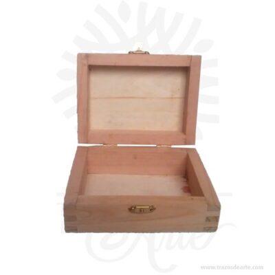 Caja joyero en madera para personalizar de 13 X 10 X 8 cm. Práctica caja para decorar y regalar, perfecta para los amantes de las manualidades, decoradores de fiestas, bodas, cumpleaños, o como suvenir.Esta caja de madera es realmente original.No ocupa mucho espacio y será una decoración de su hogar ademas de un excelente organizador.La caja de madera perfeccionará el regalo para la boda, el aniversario, el día de cumpleaños u otros eventos.La puede encontrar también como caja en madera de pino, caja decorativa , caja decorativa en madera de pino, cajas de madera para regalo o caja en madera con tapa.La caja de madera ha conseguido introducirse en determinados nichos de mercado muy localizados en cuanto a tamaño y producto en los que ha obtenido una gran fidelidad por parte de los compradores.En la actualidad se utilizan diariamente comomerchandisingpublicitario por parte de marcas o accesorio por jóvenes, y se encuentran en distintos estilos, formas y decoración.Tenga en cuenta que la madera es un material único, por lo que cuándo lo reciba será similar, no exactamente al de la foto.Caja joyero en madera para personalizarMaterial: Madera de pino y triplex de okume.Color: Descripción en fotoTamaño: 13 x 10 x 8 cmTiempo de entrega de 3 a 8 días hábiles, recuerda que el tiempo comienza a partir del momento en que tu pago sea confirmado.Todos los productos son entregados al domicilio que informaste al realizar la compra.Vendido y enviado por: Trazos de Arte.Envió rápido y seguro.PersonalizaciónRealice un pedido personalizado, podemos agregar lo que desee, como nombre, fecha, frase, logotipo, imagen o empaque regalo.Ofrecemos: Grabado por láser, grabado CNC Router, sublimado o papel adhesivo, el precio varía según el tipo de personalización que desee, encontrara más información enServiciosen nuestro menú secundario.Si desea cotizar o tiene preguntas presione el botónCotizar personalizacióncon gusto las responderemos.¿Como comprar?Selecciona tu producto. Si tienes alguna
