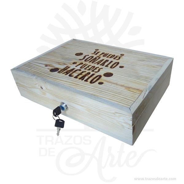 Caja seguridad para dinero en madera personalizada de 40 x 26 x 10 cm, esta caja minimiza la cantidad de espacio la profundidad en sus compartimientos permite manejar un gran número de billetes. Este es un maravilloso regalo, suvenir; empresarial o para amigos y familiares. Gaveta o Caja de dinero con 7 divisiones para billetes. Diseño compacto y moderno con excelente calidad y terminación. Cerradura frontal con llave, más cómoda y segura.Incluye 2 llaves. Tenga en cuenta que la madera es un material único, por lo que cuándo lo reciba será similar, no exactamente al de la foto. Caja seguridad para dinero en madera personalizada Material: Madera de pino Color: Descripción en foto Tamaño: 40 x 26 x 10 cm Fecha estimada de entrega: De 4 a 5 días hábiles (en Bogotá, Medellín, Cali), al resto del país de 7 a 14 días. Recuerda que el tiempo de entrega comienza a partir del momento en que tu pago sea confirmado. Todos los productos son entregados al domicilio que informaste al realizar la compra. Vendido y enviado por: Trazos de Arte. Envió rápido y seguro. Personalización Realice un pedido personalizado, podemos agregar lo que desee, como nombre, fecha, frase, logotipo, imagen o empaque regalo. Ofrecemos: Grabado por láser, grabado CNC Router, sublimado o papel adhesivo, el precio varía según el tipo de personalización que desee, encontrara más información enServiciosen nuestro menú secundario. Si desea cotizar o tiene preguntas presione el botónCotizar personalizacióncon gusto las responderemos. ¿Como comprar? Selecciona tu producto. Si tienes alguna duda por favor escríbenos. Haz clic en el botón de compra y la cantidad que deseas. Ingresa los datos de facturación y entrega. Realiza el pago de tu pedido. Recibe el pedido en tu domicilio. En nuestra plataforma encontrarás el método de pago que más se ajusta a tu necesidad.