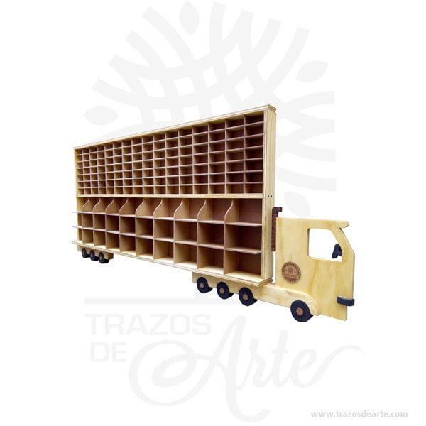 """Camión repisa para carros de colección personalizado para 142 carros, perfecto mostrador para colecciones, hecho en madera con incrustaciones tipo intarsia. Es hecho de diferentes tipos de madera, basado en requisitos de color, para conseguir el efecto deseado. Las diferentes piezas se cortan de la madera deseada cepillada de diferentes espesores para proporcionar profundidad y contorno luego cuidadosamente a mano se pulen y se pegan a la placa de respaldo. el camión repisa para 142 carros tiene una apariencia rústica conveniente para colgar casi en cualquier lugar. La técnica de intarsia incrusta secciones de madera dentro de la sólida matriz de piedra de pisos y paredes o de mesas y otros muebles. Por contraste marquetería ensambla un patrón dechapaspegadas sobre la canal. Se cree que la palabra """"intarsia"""" se deriva de la palabra latina """"interserere"""" que significa """"insertar"""". Cuando Egipto entró bajo el dominio árabe en el siglo VII, las artes indígenas de intarsia y incrustaciones de madera, que se prestaban a los decorados no representativos y los patrones deazulejos, se extendieron por todo elmagreb. La técnica de intarsia ya se había perfeccionado en el norte de África islámico antes de que se introdujera en la Europa cristiana a través deSiciliayAndalucía. Tenga en cuenta que la madera es un material único, por lo que cuándo lo reciba será similar, no exactamente al de la foto. Camión repisa para carros de colección personalizado Material: Madera de pino y Triplex de pino Tamaño 190 × 90 × 11 cm. Tamaño casilla: 9 x 4 x 4 cm y de 15 x 10 x 10 cm Color: Descripción en foto. Fecha estimada de entrega: De 15 a 20 días hábiles (en Bogotá, Medellín, Cali), al resto del país de 25 a 30 días. Recuerda que el tiempo de entrega comienza a partir del momento en que tu pago sea confirmado. Todos los productos son entregados al domicilio que informaste al realizar la compra. Vendido y enviado por: Trazos de Arte. Envió rápido y seguro. Personalización Realiza un pedido p"""