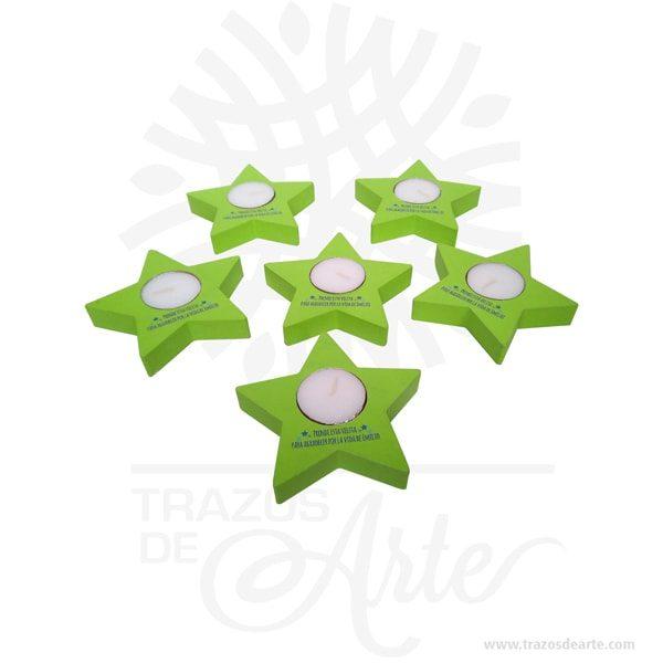 """Soporte para Velas Estrella de madera de pino para personalizar, portavelas o candelabros de 5 x 5 x 5 cm ideales para souvenir o decoración. El agujero es de 3,8cm de diámetro x 1,4cm de profundidad aproximadamente, consultar otras dimensiones (diámetro y profundidad). Pequeño diseño Decorativo Vela Soporte Uso como decoración, Regalos, Boda, Fiesta, hogar, SPA, aromaterapia Añade un encanto perfecto a cualquier habitación con este elegante soporte de velas. Se adapta perfectamente a la mesa, estantería o mostrador de barra.Perfecto para sala de estar, dormitorio, comedor, vestíbulo, casa, oficina y mucho más. Se puede utilizar en interiores o exteriores.Fabricamos en otras en medidas a pedido, consultar! Es un candelabro perfecto para usar o como un soporte para velas decorativo. Te asesoramos! Soporte para Velas Estrella Material: Madera de pino Color: El de su preferencia Tamaño: 10 x 10 x 1,8 cm El precio no incluye personalización El precio incluye personalización básica similar foto, (si su diseño es mas complejo te podemos cotizar). Fecha estimada de entrega: De 5 a 6 días hábiles (en Bogotá, Medellín, Cali), al resto del país de 7 a 14 días. Recuerda que el tiempo de entrega comienza a partir del momento en que tu pago sea confirmado. Todos los productos son entregados al domicilio que informaste al realizar la compra. Vendido y enviado por: Trazos de Arte. Envío rápido y seguro. Personalización Realiza un pedido personalizado, podemos agregar lo que desees, como nombre, fecha, frase, logotipo, imagen o empaque regalo. Ofrecemos: Grabado por láser, grabado CNC Router, sublimado o papel adhesivo, el precio varía según el tipo de personalización que desees, encontrarás más información en """"Servicios""""en nuestro menú secundario. Si deseas cotizar o tienes preguntas presiona el botónCotizar personalizacióncon gusto las responderemos. ¿Cómo comprar? Selecciona tu producto. Si tienes alguna duda por favor escríbenos. Haz clic en el botón de compra y la cantidad que"""