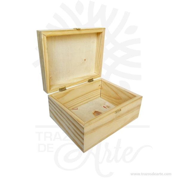 Caja en madera con cierre de 23 x 18 x 11 cm personalizada con grabado láser, viene con hermosas texturas de vetas naturales y un aroma de madera natural. Es perfecta para usar como caja de té o para guardar joyas y cosas pequeñas gracias a sus divisiones internas brindando 6 compartimentos. Este es un maravilloso regalo, suvenir; empresarial o para amigos y familiares. Un estuche es una caja pequeña que sirve para guardar cosas de forma ordenada. Generalmente, se utiliza para objetos de pequeñas dimensiones y de cierto valor: joyas, relojes, plumas estilográficas, etc. La puede encontrar también como caja en pino, caja decorativa , cajitas de madera, cajitas de regalo, caja decorativa en madera pino, cajas de madera para regalo o caja en madera con tapa. Elembalaje de maderase utiliza para para determinados productos tradicionales de gama alta (puros, bebidas alcohólicas, etc.). Los embalajes de madera siguen gozando de una buena imageny con connotaciones de alta calidad. Se puede imprimir,, incorporando la marca y el logotipo del productor, así como otros mensajes prácticos. La caja de madera ha conseguido introducirse en determinados nichos de mercado muy localizados en cuanto a tamaño y producto en los que ha obtenido una gran fidelidad por parte de los compradores. Tenga en cuenta que la madera es un material único, por lo que cuándo lo reciba será similar, no exactamente al de la foto. Caja en madera con cierre de 23 x 18 x 11 cm Material: Madera Pino de la Naturaleza y Triplex de Okume Color: Descripción en foto Tamaño: 18 x 23 x 11 cm con 6 compartimentos internos. El precio incluye personalización básica similar foto,(tamaño aproximado personalización de 14 x 6 cm, si su diseño es mas complejo le podemos cotizar). Fecha estimada de entrega: De 4 a 5 días hábiles (en Bogotá, Medellín, Cali), al resto del país de 7 a 14 días. Recuerda que el tiempo de entrega comienza a partir del momento en que tu pago sea confirmado. Todos los productos son entregados al do