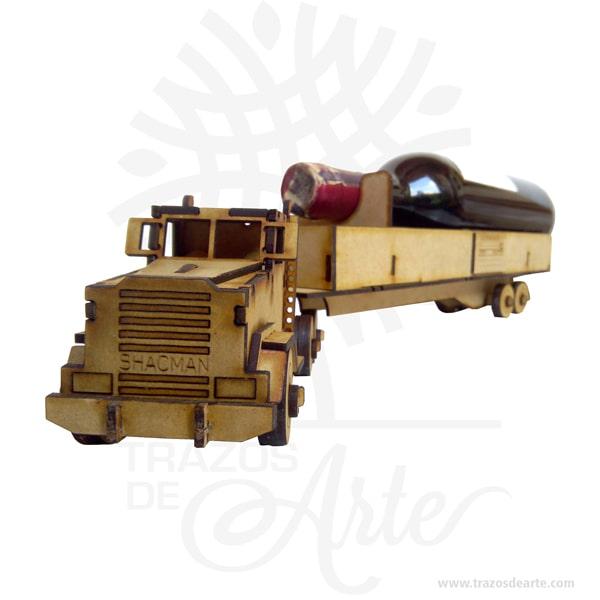 Tractomula para personalizar en MDF, se puede entregar armado o como Rompecabezas 3D, según especificación del cliente, útil como juguete o decoración o porta vino. No incluye vino. Si se le daña alguna pieza en el futuro, le enviaremos la sección dañada previo pago de la misma. Este es un maravilloso regalo, suvenir; empresarial o para amigos y familiares. Si usted está buscando un regalo de valor duradero, estos juguetes de madera son una excelente elección. Utilizamos mdf (madera del futuro) de alta calidad y acabados de calidad superior. Fabricado en MDF denominada madera del futuro, se puede pintar en cualquier color o decorar con elementos decorativos Ideal para decorar cualquier habitación, casa, apartamento, oficina, bar, club, este artículo le dará a su interior una personalidad única. Perfecto como regalo corporativo. Habilidades que son estimuladas por un Puzzle: Desarrolla y potencializa la motricidad fina: Jugar con un puzzle puede potenciar las habilidades de motricidad fina del niño, ya que éste tiene que agacharse a recoger e intentar colocar las piezas en el lugar exacto. Habilidades cognitivas: Los puzzles que tienen formas y colores, por ejemplo, letras, números o animales, estimulan las habilidades cognitivas; los niños comienzan a tener conciencia de las formas, de esta manera su cerebro desarrollará más rápido los conceptos que se encuentran entre las formas y de sus puzzle. Lógica matemática: Aunque nos parezcan demasiados pequeños para comprender estos conceptos tan complejos, lo cierto es que jugar con puzzle le ayudará a tu niño a planear y ser estratega, dos aspectos que se requieren para lograr que las piezas del puzzle encajen en el lugar indicado. Autoestima y manejo de la frustración: Es importante trabajar con estos dos aspectos de la vida de nuestros hijos, ya que los acompañaran durante toda su vida. Un niño que juega con un puzzle aprende a manejar la frustración de manera sana, es decir no explotará al no poder encajar las piezas,