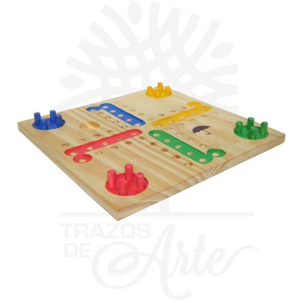 Juego de mesa parchis en madera de pino, es un juego de estrategia para 2-3-4 jugadores, viene con un tablero anti-vibración que se incrusta en la tapa, juego de mesa que mejora tu razonamiento, atención y manera de pensar lógica, se puede personalizar. Elparchíses unjuego de mesaderivado delpachisiy similar alludo, alparquésy alparcheesi. El objetivo del juego es que cada jugador lleve sus fichas desde la salida hasta la meta intentando, en el camino, comerse a las demás. El primero en conseguirlo será el ganador. ¡Entrena tu destreza mental de una manera divertida! Ideal para viajes las fichas se quedan fijas en el tablero. Es un juego de diversión agradable . El juego se compone de un tablero de madera, 16 fichas de 4 colores y un dado. El objetivo es desplazar las 4 fichas hacia la columna final «Casa» (en el medio) que corresponde al color. Juego de mesa parchis en madera de pino Tamaño 24 × 24 x 4 cm. Material: Pino de alta calidad de 12 mm. Tapa en triple de pino de 6,5 y triplex de Okume de 3,2 mm. Color: Descripción en foto. Pintado a mano. Este producto puede ser personalizado. El precio incluye personalización. Fecha estimada de entrega: De 3 a 5 días habiles (en Bogotá, Medellín, Cali), al resto del país de 5 a 14 días. Vendido y enviado por: Trazos de Arte. Envió rápido y seguro. Personalización Realiza un pedido personalizado, podemos agregar lo que desees, como nombre, fecha, frase, logotipo, imagen o empaque regalo. Ofrecemos: Grabado por láser, grabado CNC Router, sublimado o papel adhesivo, el precio varía según el tipo de personalización que desee, encontrara más información enServiciosen nuestro menú secundario. Si desea cotizar o tiene preguntas presione el botónCotizar personalizacióncon gusto las responderemos. ¿Como comprar? Selecciona tu producto. Si tienes alguna duda por favor escríbenos. Haz clic en el botón de compra y la cantidad que deseas. Ingresa los datos de facturación y entrega. Realiza el pago de tu pedido. Recibe el pedido en tu