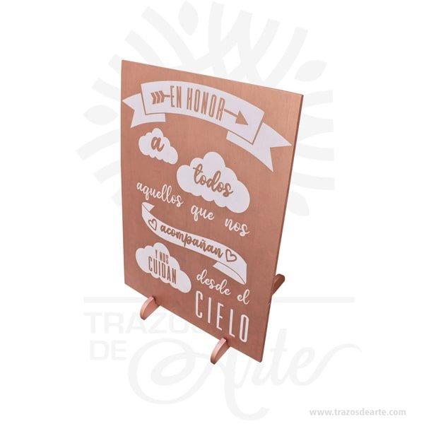 Cuadro personalizado con frase artesanales en MDF de alta calidad, son una excelente alternativa a los cuadros tradicionales. Es un elemento decorativo perfecto para hogar, reuniones o fiestas. Este es un maravilloso regalo para amigos y familiares. Podemos cambiar colores. Utilizamos solamente madera de reforestación y pintura libre de solventes y gases contaminantes. Garantía de buen acabado y olor agradable. Cuadro personalizado 70 x 50 cm, impresión en vinilo adhesivo de alta definición. Retablo en MDF de alta calidad con borde pintado, el vinilo es laminado brillante o laminado mate Nuestros cuadros en MDF son una gran opción para decorar tus espacios con más estilo, de una forma rápida y sencilla. Los cuadros están realizados en auto adhesivo laminado de alta calidad sobre un retablo de MDF de 9mm de grosor. Contactanos para personalizarlo a tu gusto. Su impresión y materiales de alta calidad, le dan larga durabilidad. Son mejor opción para decorar tu lugar favorito Ideal para ambientar tu hogar, cuarto, oficina o para regalo porque sencillamente pensé en ti. Dale un toque único a tu pared o entrada y deja a tus visitantes enamorados de este hermoso Cuadro Decorativo. . Cuadro personalizado con frase artesanales Material:Retablo en MDF y vinilo adhesivo Color: El de tu preferencia Tamaño: 70 x 40 x 3 cm El precio incluye personalización básica similar foto (si tu diseño es más complejo te podemos cotizar). Fecha estimada de entrega: De 3 a 4 días hábiles (en Bogotá, Medellín, Cali), al resto del país de 7 a 14 días. Recuerda que el tiempo de entrega comienza a partir del momento en que tu pago sea confirmado. Todos los productos son entregados al domicilio que informaste al realizar la compra. Vendido y enviado por: Trazos de Arte. Envío rápido y seguro. Cuadro personalizado con frase artesanales Material: MDF y Vinilo adhesivo Color: A elegir Tamaño: 70 x 50 cm Fecha estimada de entrega: De 5 a 6 días hábiles (en Bogotá, Medellín, Cali), al resto del país de 