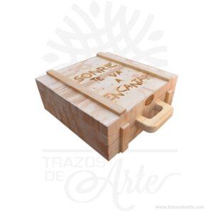 Caja maletín en madera